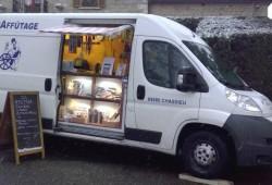 LP-AFFUTAGES-atelier-mobile-d_affutage-sur-le-marché-de-Pont-de-Chéruy-tous-les-dimanches-matin